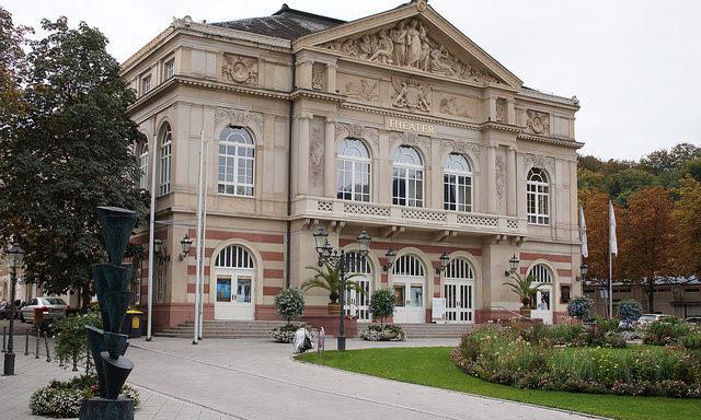 театр в Баден-Бадене