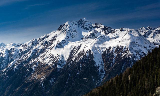 горы в Ишгле