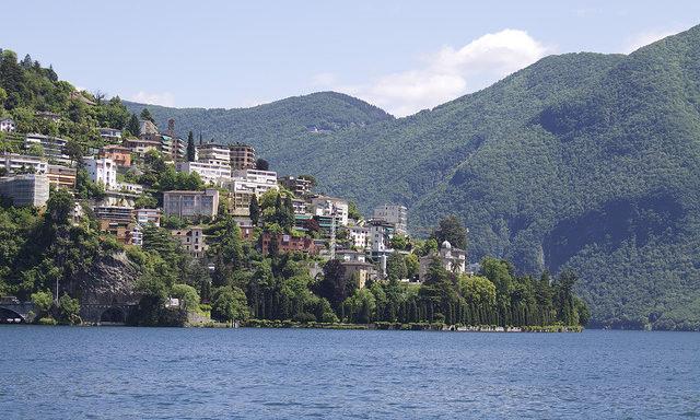 Лугано, вид с озера