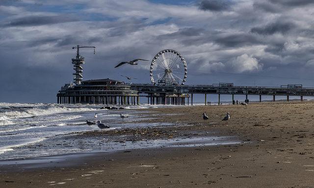 Пляж в Гааге