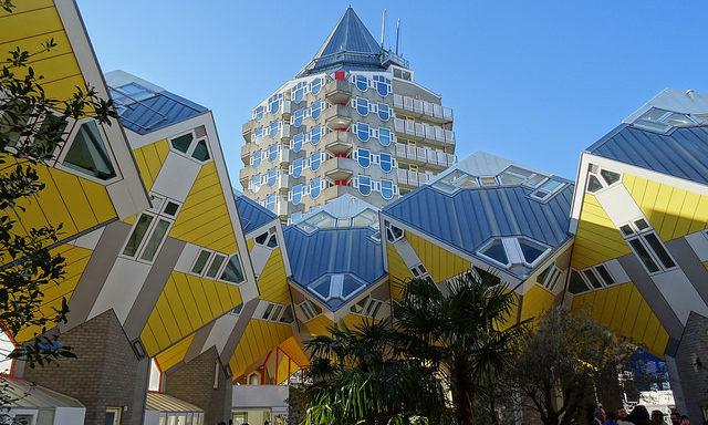Кубические дома в Роттердаме