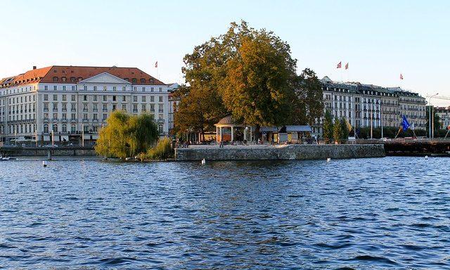 Вид на Женеву с воды