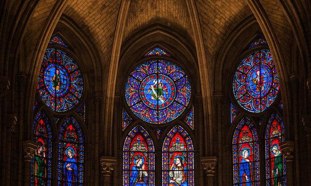 Внутреннее убранство собора Нотр-Дам