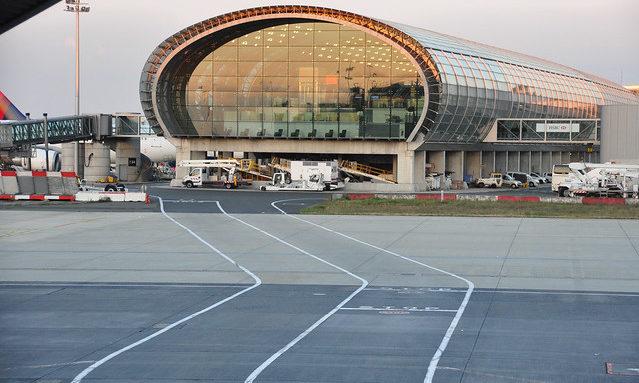 Аэропорт Шарль де Голль 2021: как добраться в центр Парижа и в аэропорт Орли