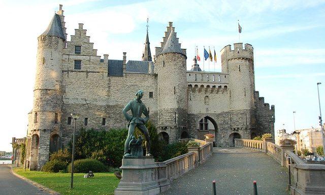 Замок Стен