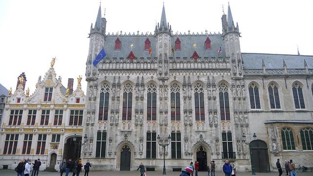 Городская ратуша в Брюгге